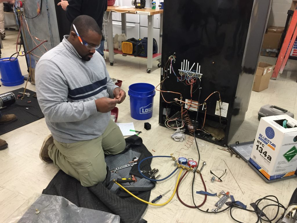 3 Reasons to Earn Technician Certification with Appliance Repair Training