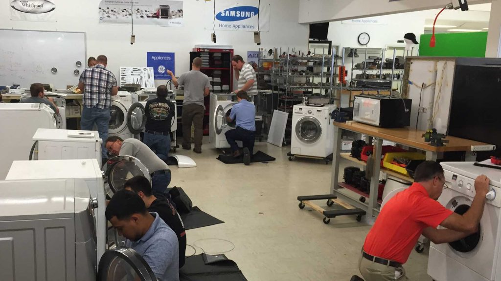 4 Reasons to Learn Appliance Repair