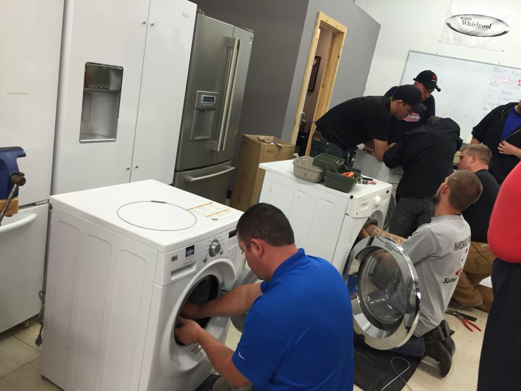 How Plumbing and Appliance Repair Involve the Same Ways of Thinking