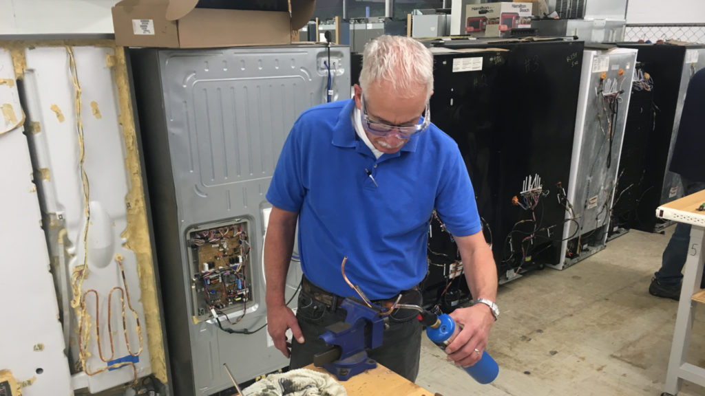 Seven Reasons Appliance Repair is a Great Retirement Skill