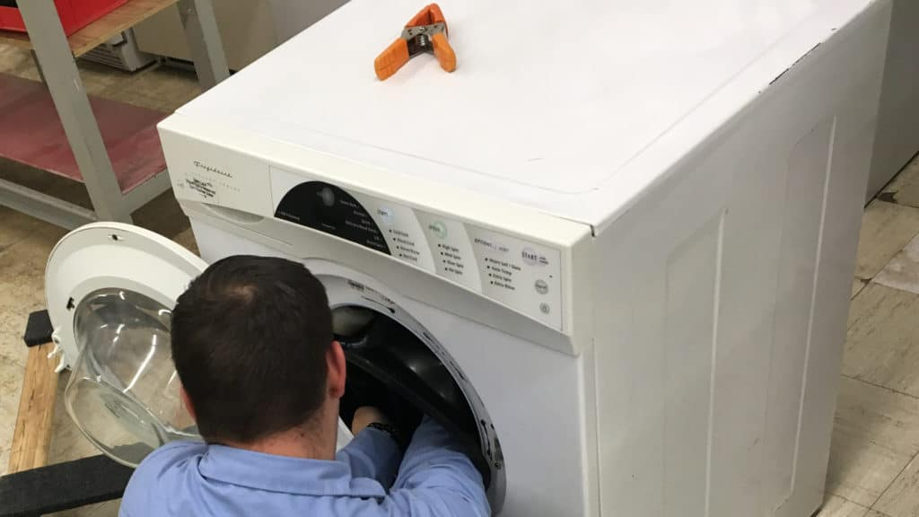 7 Recession-Proof Reasons to Learn Appliance Repair
