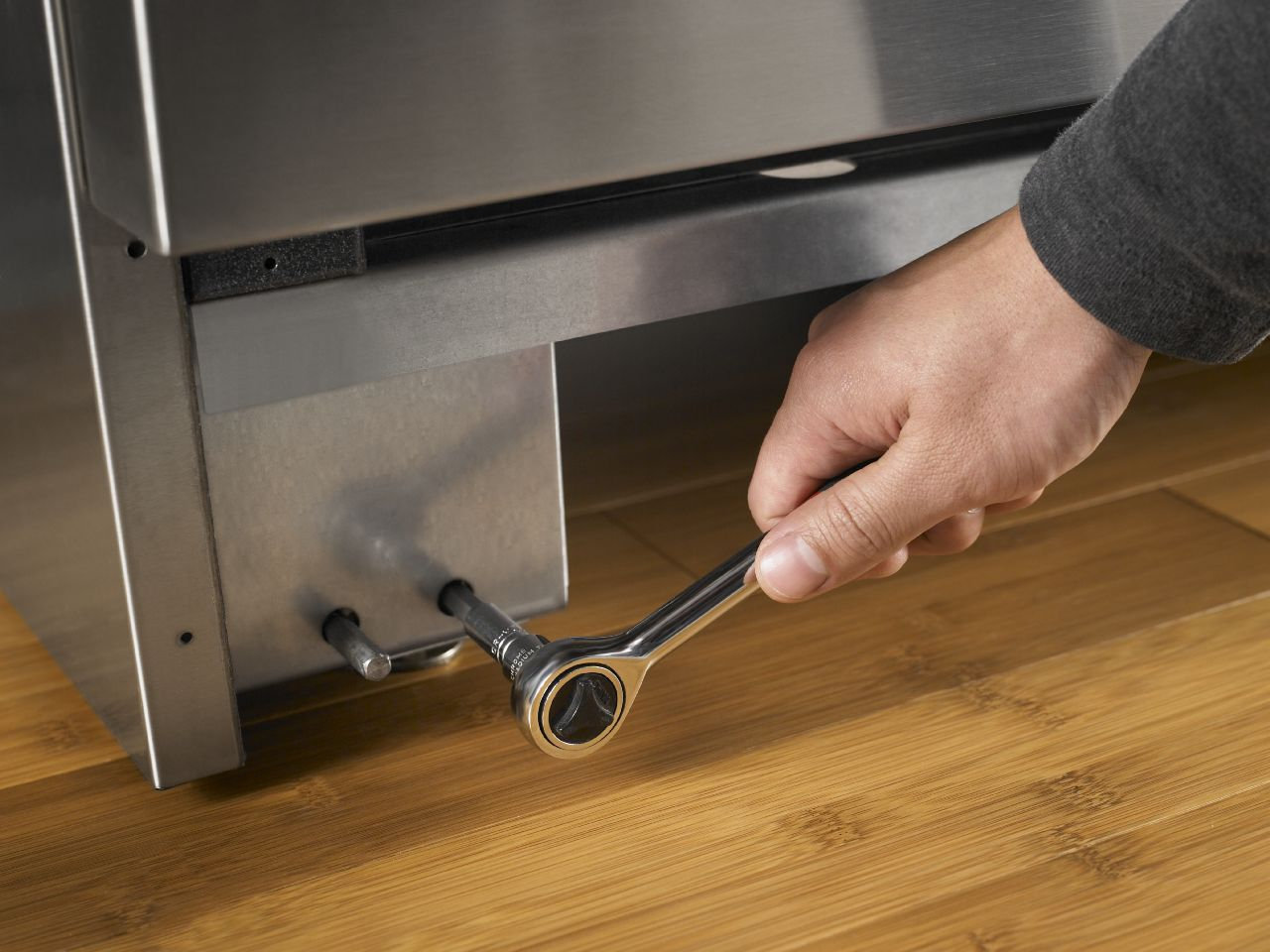 """Featured image for """"How to Hire an Appliance Repair Technician"""""""